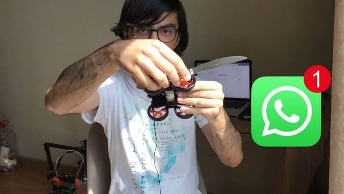 WhatsApp stab robot