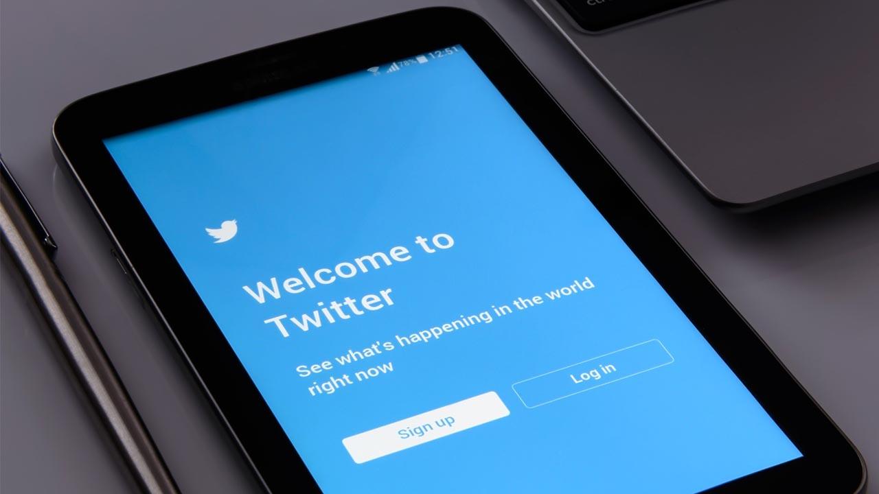 Tableta con Twitter