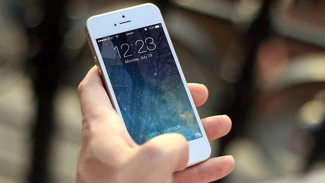 Pantalla bloqueada de un iPhone