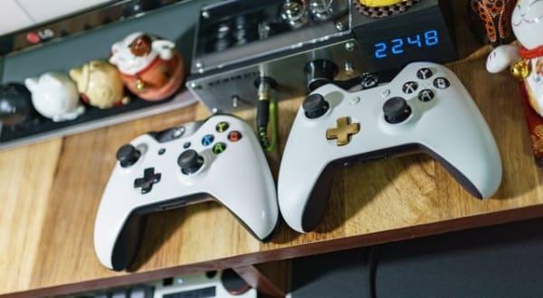 Mandos para jugar a videojuegos