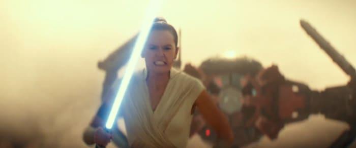 Rey runs