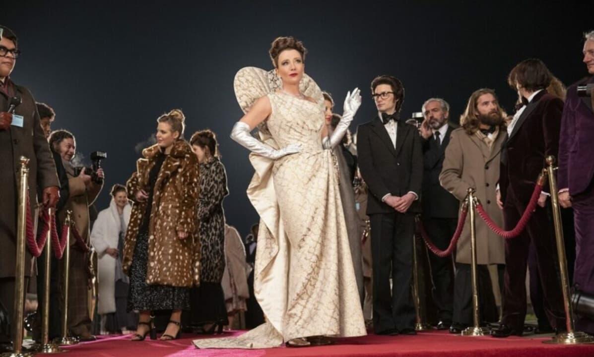 La Baronesa Von Hellman (Emma Stone) en el film Cruella