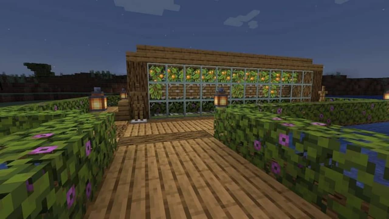 What do Glow Berries do in Minecraft